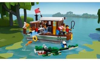לגו קריאטור - סירת בית בנהר